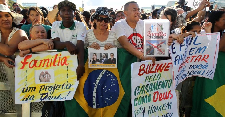 Na contramão de outros países da América Latina, como Uruguai e Chile, o Brasil ainda reluta em discutir questões polêmicas adequadamente e cerceia a liberdade individual dos grupos interessados.  (Fonte: Roberto Jayme/UOL)