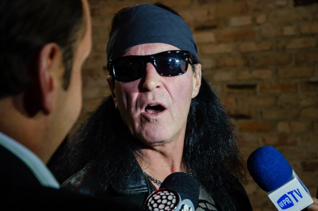 É a primeira vez de Dave Evans no Brasil. O ex-vocalista do AC/DC faz no turnê no país. Foto por Rafael de Andrade.