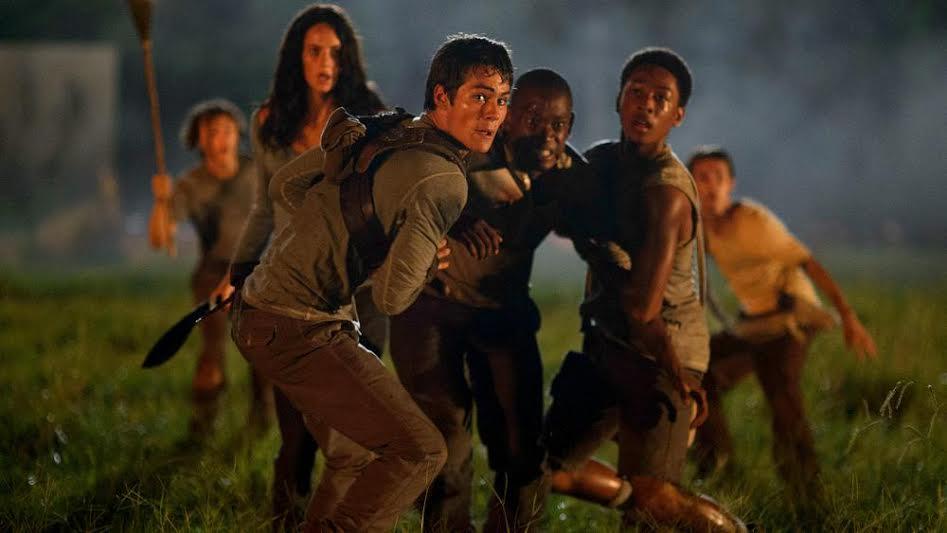 Thomas,Teresa, Alby e Zart em uma das várias cenas de tensão ao longo do filme. (Foto: Divulgação)
