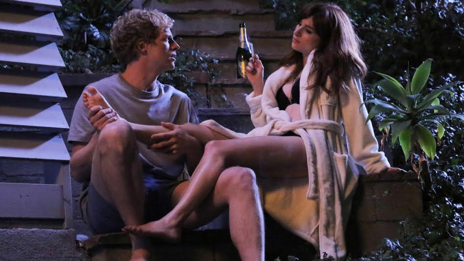 """""""You're the Worst"""" narra o conturbado relacionamento de Gretchen (Aya Cash) e Jimmy (Chris Geere), um casal instável com aversão a envolvimentos amorosos"""