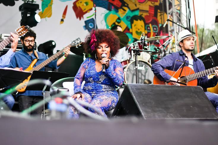 Elza Soares fez tremer a Boca Maldita acompanhada da Orquestra a Base de Cordas de Curitiba. Foto: Maíra Roesler
