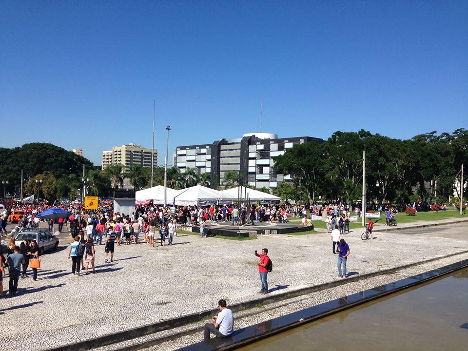 Universidades estaduais deflagram greve por tempo indeterminado