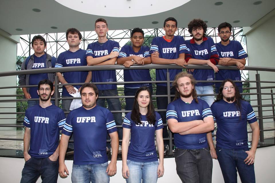 Time de xadrez da UFPR (Foto: Arquivo pessoal Camila)
