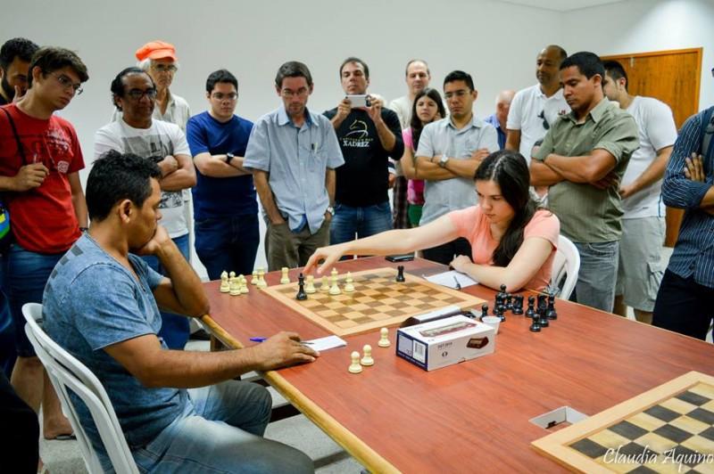 """""""Sabia que não seria fácil"""", conta a campeã Camila de Souza (Foto: Claudia Aquino)"""