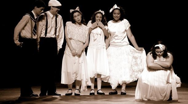 Drummond estreou em 1989 e mantém seis dos nove artistas da peça original (Foto: Divulgação)