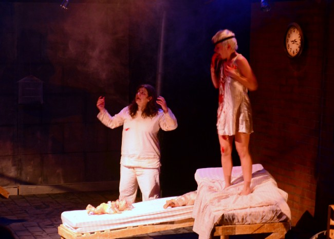 Suspense grotesco é tema da companhia Vigor Mortis no Festival de Teatro de Curitiba