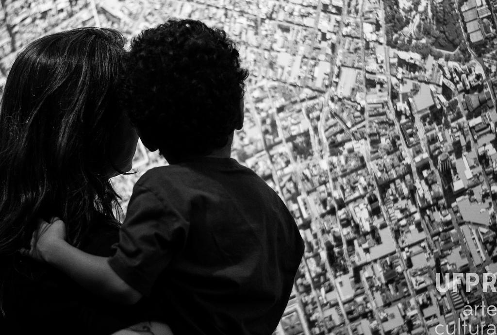 Planejada por estudantes e profissionais de arquitetura, a exposição atrai todos os públicos  Foto: Carina Kutsk