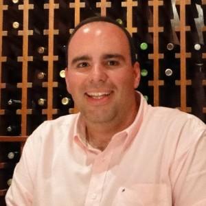Imagem 1: Chefe do Departamento de Administração da UFPR e criador da Biblioteca de Indicadores, professor Gustavo Abib (Foto: divulgação)