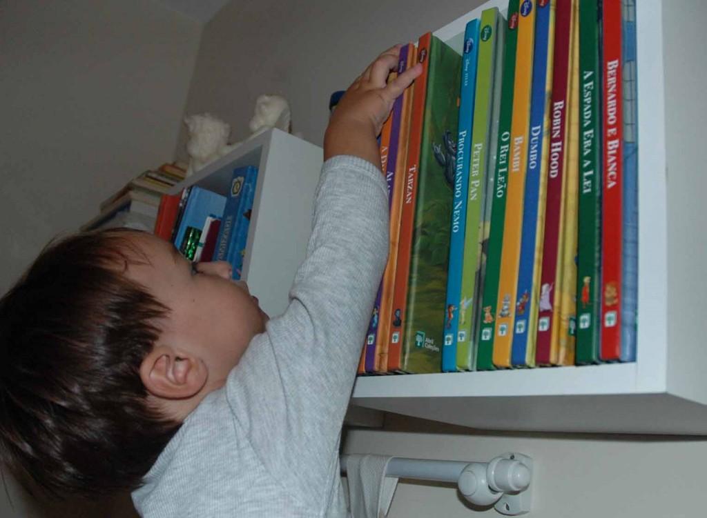A leitura pode ser incentivada desde cedo (Foto: Paula Martins)