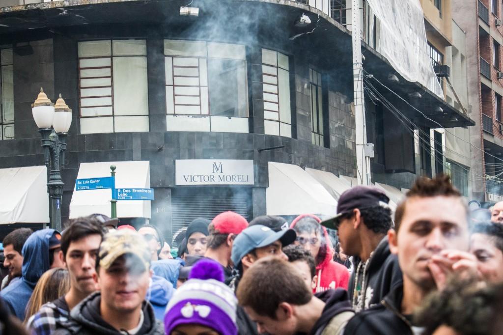 A Marcha começou pontualmente às 16h20. (Foto: Gabriel Dietrich).